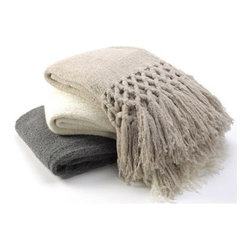 Sefte Living - Sefte Maya Boucle Throw-Oatmeal - The Maya boucle collection is hand-woven by artisans in Peru. The thick and plush boucle yarns create visual and textural depth. Eight inches of braided fringe lends textural detailing to the bed.