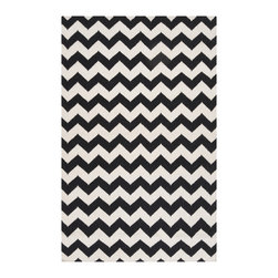 Surya - Surya Frontier Tight Zigzag Winter White/Jet Black Hand Woven Rug - The hand woven Surya Frontier Tight Zigzag rug lends the contemporary interior a mesmerizing accent. In a classic black and white palette, a bold chevron pattern elicits trendy texture. 100% wool; Rug pad recommended; Available in several sizes