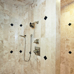 contemporary showers by Gander Builders