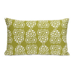 iMax - iMax Quniton Owl Pillow X-35124 - Channeling the 70's, the Quinton owl pillow features a cotton twill fabric in an owl pattern that looks fabulous in a variety of settings.