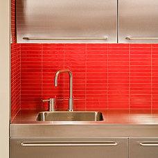 Kitchen by Conard Romano Architects