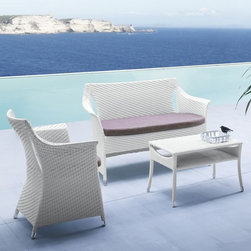 Papaya Outdoor Wicker Lounge Chair - The Papaya outdoor wicker lounge chair features a weave of wide bands of outdoor wicker. A matching loveseat and coffee table are also available.