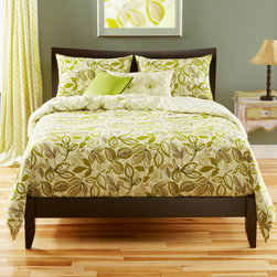 Siscovers - Lahaina Luau Pale Green Six Piece Queen Duvet Set - - Botanical print  - Set Includes: Duvet - 94x98, Two Queen Shams - 30x20, One Decorative Pillow - 16x16, One Decorative Pillow - 26x14  - Inserts: Polyester  - Duvet Material: 100% Polyester  - Sham Material: 100% Polyester  - Pillow Material: 100% Polyester  - Workmanship and materials for the life of the product. SIScovers cannot be responsible for normal fabric wear, sun damage, or damage caused by misuse  - Reversible Duvet and Shams  - Care Instruction: Machine Wash  - Made in USA of Fabric made in China Siscovers - LALU-XDUQN6