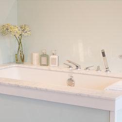 Best Plumbing Showroom -