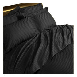 Hothaat - 400TC Stripe Black Full XL Fitted Sheet & 2 Pillowcases - Redefine your everyday elegance with these luxuriously super soft Fitted Sheet. This is 100% Egyptian Cotton Superior quality Fitted Sheet that are truly worthy of a classy and elegant look.