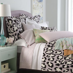 'Spotted Cat' Bed Linens - I adore DVF and her style. This bold leopard print is perfect for a New York City girl.
