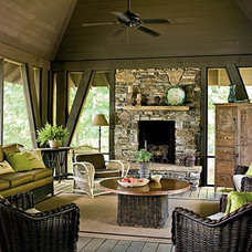 Showlow Cabin / screened in porch