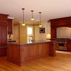 Traditional Kitchen Cabinets by Heartwood Distributors