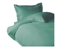 500 TC Duvet Cover with 1 Fitted Sheet Solid Aqua Blue, Queen - You are buying 1 Duvet Cover with 1 Fitted Sheet only. A few simple upgrades in the bedroom can create the welcome effect of a new beginning-whether it's January 1st or a Sunday. Such a simple pleasure, really-fresh, clean sheets, fluffy pillows, and cozy comforters. You can feel like a five-star guest in your own home with Sapphire Linens. Fold back the covers, slip into sweet happy dreams, and wake up refreshed. It's a brand-new day.