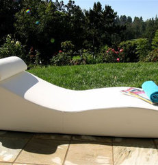 day beds and chaises by Plushpod