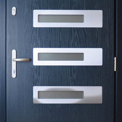 "Composite Modern Front Entry Door - ""Warsaw"" - Modern Composite Fiberglass Reinforced Entrance Door. Different finishes are available. The price includes single door with frame, lock and handles. Sidelites are custom made in various commbinations and sizes."