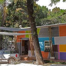Contemporary Exterior by Marco Antunio