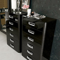 LA STAR Classic Black Bedroom Chest - Traditionally Elegant Chest