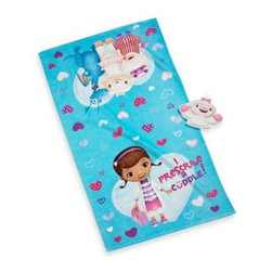 Disney - Disney Doc McStuffins Bath Towel and Wash Mitt Set - This bath towel and wash mitt set is perfect for your little one, featuring a bath towel with an adorable Doc McStuffins print and a shaped wash mitt.