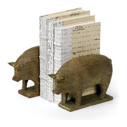 Pair of Piggy Book End - Piggy Book End are made from resin and has vintage painted finish.Get a new kind of trophy for the study with these bookends.Sold as set of 2.