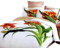 Le Vele - Le Vele 6 Piece Duvet Cover Sheet Set Bed in a Box, Full/Queen Beddding LE17WQ - Large Tiger Lilies on white backdrop reverse to vibrant and colorful striped pattern with matching pillow shams.
