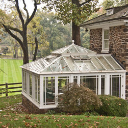 Conservatory with open roof vents - Photo by: James Licata