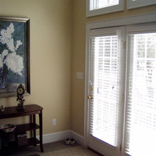 Eclectic Window Blinds by Interior VUES/ Floor 2 Ceiling Designs, LLP