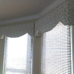 Valances and Cornices -