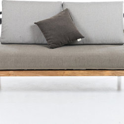INTERIEURS OUTDOOR COLLECTION BY UNOPIU - The latest intoduction by Unopiu for Interieurs, the beautiful Les Arcs sofa, as shown with back cushion for the utmost comfort. Modern, elegant, this sofa will be equally beautiful indoor of outdoor.
