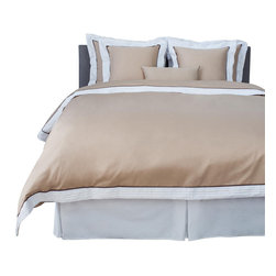 LaCozi - LaCozi Sateen Beige Pintuck Duvet Cover Set - 1100 thread-count Sateen Duvet Set Includes: