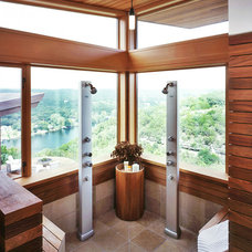 showers with glass.jpg