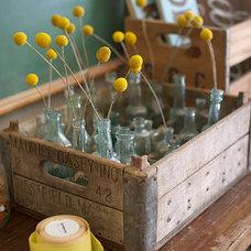 Design*Sponge » Blog Archive » studio-flowers