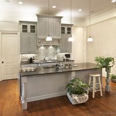 Kitchen / Gray Kitchens