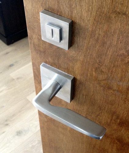 Modern Handles by Direct Door Hardware