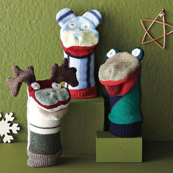 Recycled Hand Puppets - Wooly wildlife at your fingertips. These cozy upcycled hand-puppets make a great addition to any family.