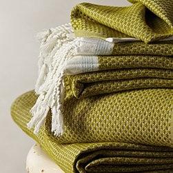 "Anthropologie - Mediterranean Bath Towel - By CoyuchiOrganic cottonMachine washWashcloth: 12"" squareBath towel: 54""L, 28""WHand towel: 26""L, 16""WImported"