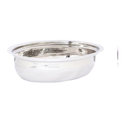 Old Dutch International - Water Pan for #682 Chafing Dish - Keep hot dishes hot and preserve the integrity of your reputation for being the finest home chef around with this water pan for the #682 chafing dish. Dripless, it ensures that your food is always c'est magnifique!