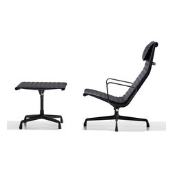 Herman Miller - Herman Miller Eames Aluminum Group Lounge Chair - It's a trick only Charles and Ray Eames could pull off: Chairs designed in 1958 as outdoor seating still look both classic and contemporary in 21st century interiors. The lounge chair's clean, curvilinear lines enhance any décor, and the new 4-star base suits the lounge perfectly to your home. Available in fabric, vinyl, or leather, the lounge chair conforms subtly to your body's shape and maintains your comfort.
