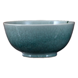 Oriental Danny - Round porcelain bowl - Round porcelain bowl in celadon color. Great as centerpiece and floral arrangement. Beautiful crackle finish.