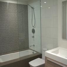 Contemporary Bathroom by Yorkville Design Centre