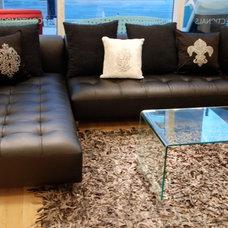 Living Room Black Leather Modern Sectional - Florida Modern Furniture