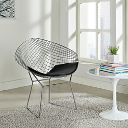 MODERN CHROMED METAL LOUNGE CHAIR WITH BLACK LEATHER SEAT WEB - Modern chromed metal lounge chair with black leather seat Web is suitable for both home or office use. This contemporary accent chair is a remarkable piece. The continuous wire-like seat is visually stimulating, and a black leather-matched vinyl seat pad is included for comfort.