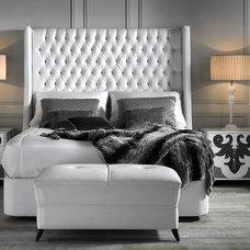 Contemporary Bedroom by COLECCION ALEXANDRA