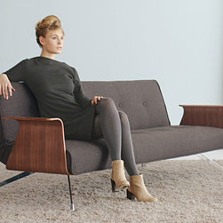 Clubber 03 Deluxe Sleeper Sofa w/ Arms - Innovation - Multifunctional sofa bed with walnut arms equipped with Icomfortpocket spring. Legs in chromed steel. Color: WhiteA visually soft upholstery profile is combined with a light and sophisticated leg construction and optional wooden arm rests