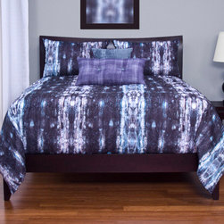 100% Polyester - Python Blue Purple and White Six Piece Queen Duvet Set - - Snakeskin print  - Set Includes: Duvet - 94x98 Two Queen Shams - 30x20 One Decorative Pillow - 16x16 One Decorative Pillow - 26x14  - Inserts: Polyester  - Duvet Material: 100% Polyester  - Sham Material: 100% Polyester  - Pillow Material: 100% Polyester  - Additional Colors: Black  - Workmanship and materials for the life of the product. SIScovers cannot be responsible for normal fabric wear sun damage or damage caused by misuse  - Reversible Duvet and Shams  - Care Instruction: Machine Wash  - Made in USA of Fabric made in China Siscovers - PYTH-XDUQN6
