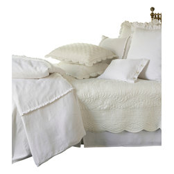 """Taylor Linens - Beth Full Quilt - The Beth Quilt has been delicately hand-stitched with soft scallops and cording detail. It is made from 100% cotton fabric and is machine washable. This quilt comes in a soft cream color. 85""""x95"""""""