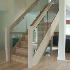 Contemporary  by Slabaugh Custom Stairs, Ltd