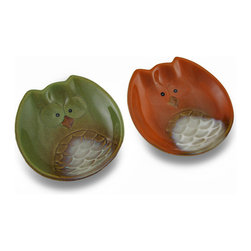 Zeckos - Set of 2 Harvest Owl Ceramic 5 1/2 Inch Diameter Dessert Dishes - This set of 2 food safe ceramic owl shaped dishes features harvest orange and harvest green plates. Each dish measures 5 1/2 inches by 5 1/2 inches, and is about 1 1/8 inches deep. They are a great decor accent as a display, but also make great dessert dishes. They are a great gift for owl lovers.