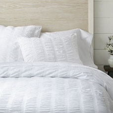 Organic Seersucker Duvet Cover + Shams - White