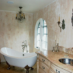 mediterranean bathroom by Barbara Stock