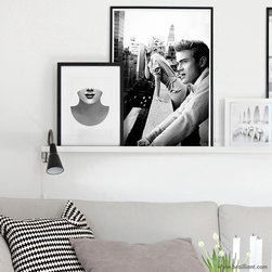 Vintage Series - Much like our silver-screen icons, New York City skyline never quite loses its luster. An iconic rendition inspired by the past and present, featuring Marilyn Monroe and James Dean smoking on a rooftop. Showcasing a contemporary juxtaposition with 188 digitally rendered image layers. Initial development of the piece was originally presented and promoted as a peer-evaluated concept titled Anything Goes appearing for the first time on DeviantART in June of 2011. Contemporary artworks published by Brailliant are designed for today, and reflect the great attention to style and old Hollywood glamour.