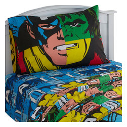 Jay Franco and Sons - Marvel Comics Classic Avengers 3 Pieces Twin Bed Sheet Set - Features: