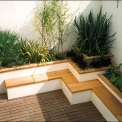 Japanese-style-Roof-Terrace-garden-bamboo-seating-582x391.jpg