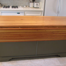 Traditional Kitchen Islands And Kitchen Carts by DeVos Custom Woodworking