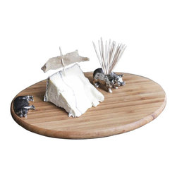 2-Pc. Hogshead Cutting Board Set - You'll want to present cheeses and hors d'oevures straight from the cutting board when it looks as good as this one. The bamboo board is accented by a zinc alloy profile of pig, and includes a matching toothpick holder for easy serving.